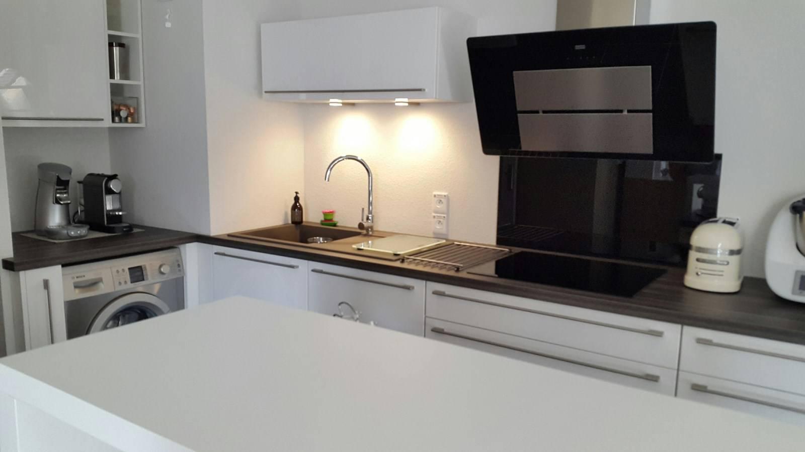 cuisine sur mesure lyon 69008 dans un logement neuf lyon adc cuisine. Black Bedroom Furniture Sets. Home Design Ideas