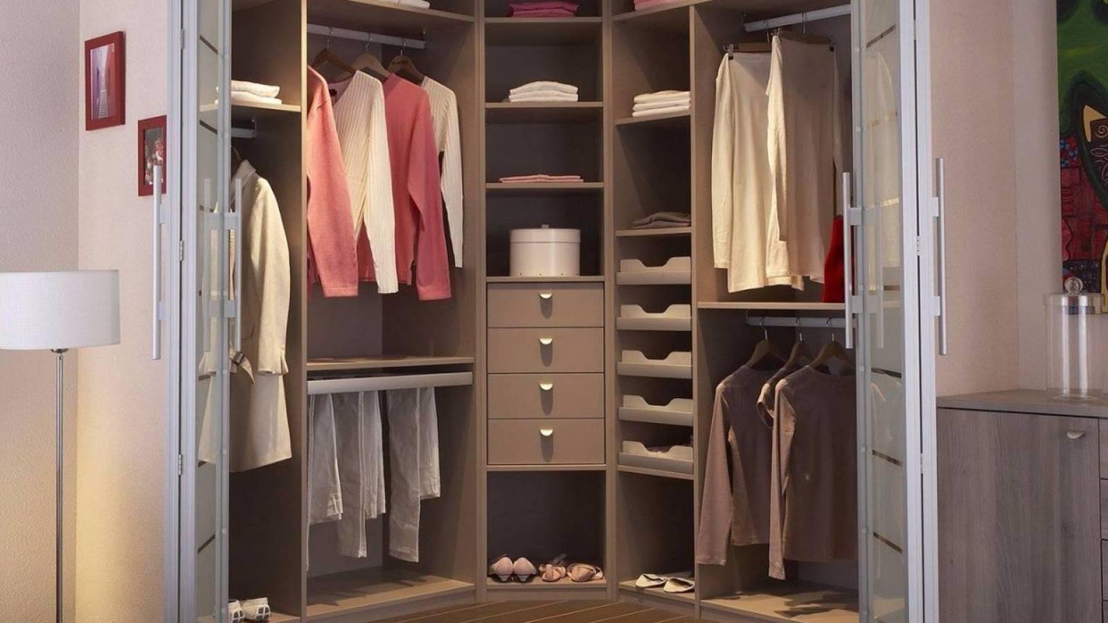 r alisez votre dressing sur mesure lyon adc cuisine. Black Bedroom Furniture Sets. Home Design Ideas