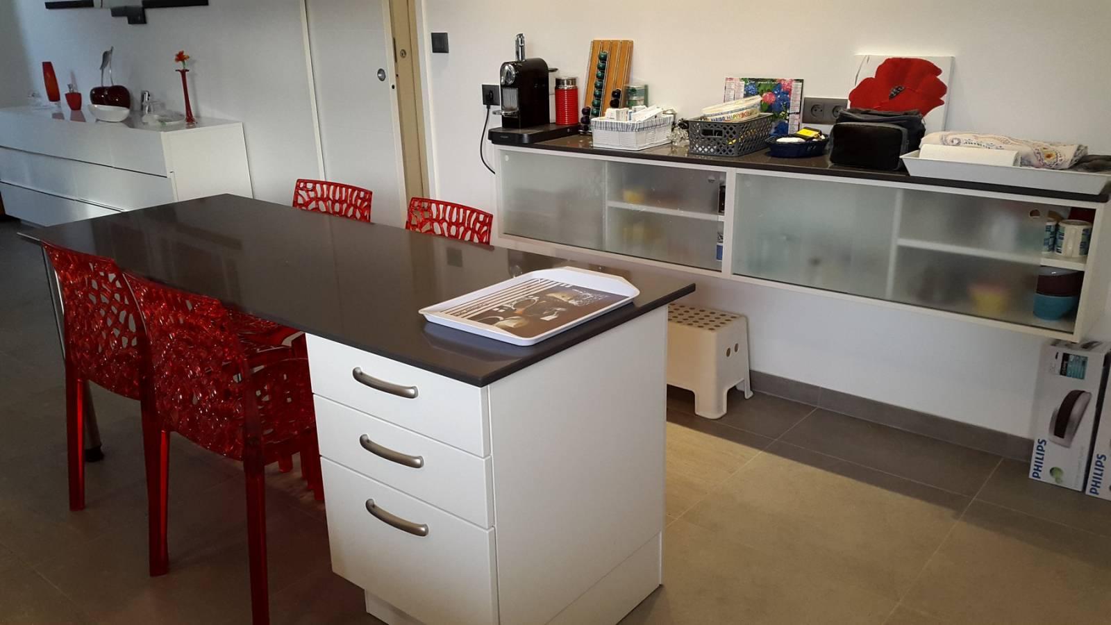cuisine allemande meuble cuisine allemande cuisine. Black Bedroom Furniture Sets. Home Design Ideas